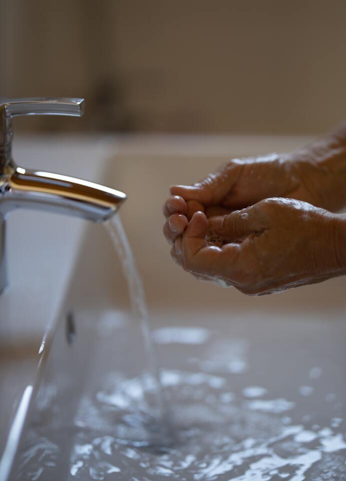 Ahorro agua - obranuevaenmalaga